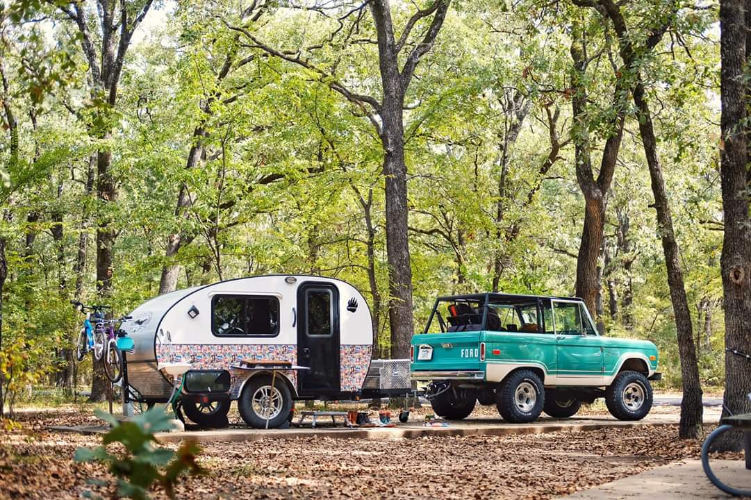 Teardrop Camper and Ford Bronco