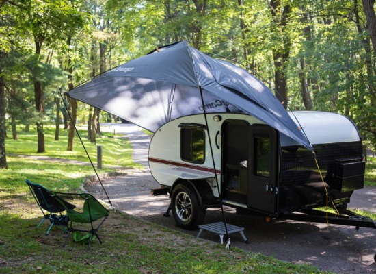 Papa Bear Teardrop Camper with Camp King